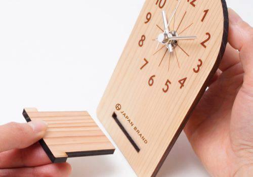 コンパクトな木製置き時計のノベルティ│MOKU