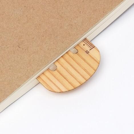 存在感抜群の木製クリップスケール
