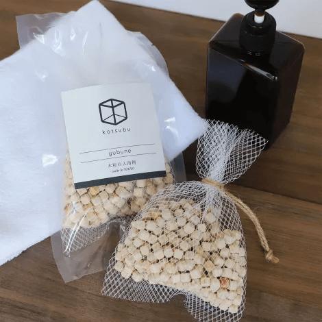 国産ヒノキの木粒の入浴剤