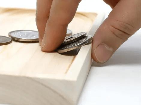 国産無垢材の木製キャッシュトレー